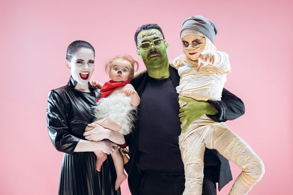 Win That Costume Contest: Family Halloween Costume Ideas