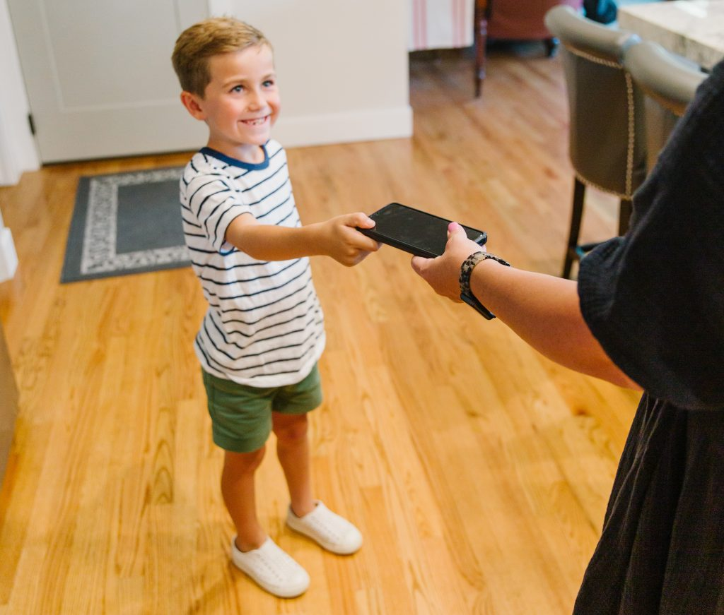 Five Reasons You Don't Need to Be Afraid of Giving Your Child a Phone